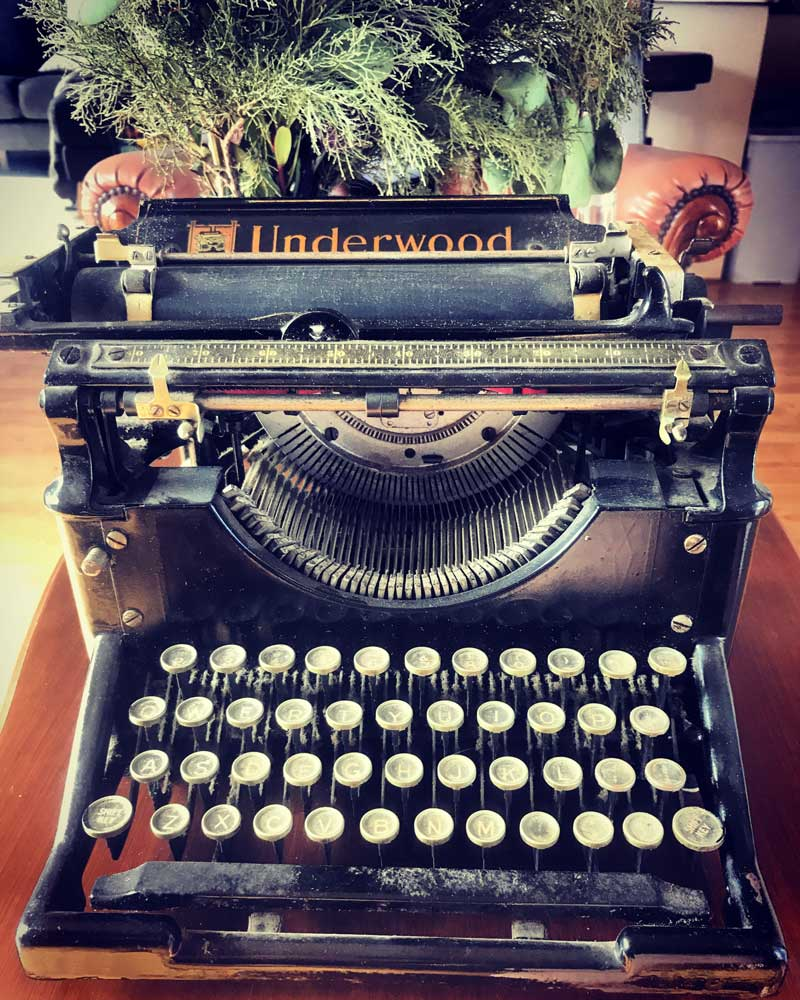 old fashioned events typewriter